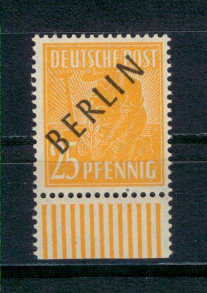 BERLIN Mi.Nr.10 Walzendruck ** geprüft